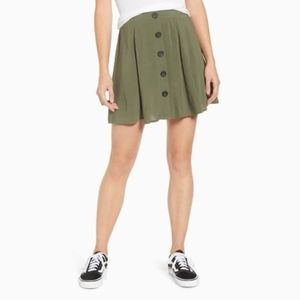 NWT LOVE, FIRE | BUTTON FRONT MINI SKIRT